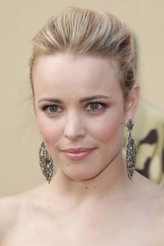 Rachel McAdams wearing a sleek slegant hairstyle at the the 82nd Annual Academy Awards