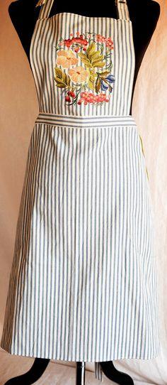 Apron Embroidered with Russian Folk Floral Design; Chef's apron, Kitchen decor, Hostess Gift; Cotton apron, Russian Folk Art Design by NestingInstinctShop on Etsy