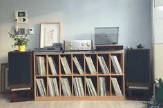 Living Room Shelves Around Tv Middle 41 Ideas Vinyl Shelf, Vinyl Record Storage, Lp Storage, Table Storage, Stereo Cabinet, Record Cabinet, Record Shelf, Record Display, Lp Regal