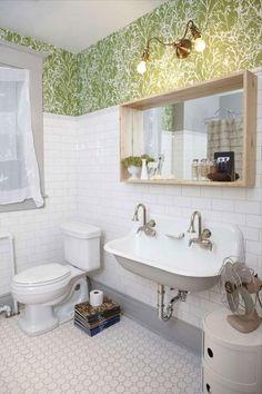 vintage bathroom bliss!