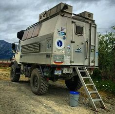 BETTER THAN A BED-SIT ... pictures of really cool mobile homes/campervans - Page 10