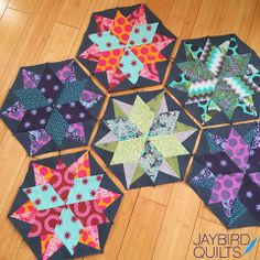 More fun with my #NightSkyQuilt = More color options + Prints! | Jaybird Quilts