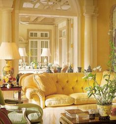 Inspiring Yellow Sofas To Perfect Living Room Color Schemes 18 - DecOMG Cottage Living Rooms, Living Room Decor, Cozy Living, Sofa Design, Interior Design, Room Interior, Yellow Couch, Yellow Cottage, Yellow Interior