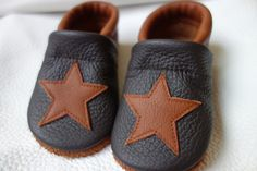 Cute Baby Shoes, Baby Booties, Sewing Tutorials, Cute Babies, Etsy, Couture, Kids, Clothes, Decor
