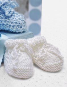 Baby Shower Booties - FREE Pattern Yarnspirations