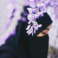 Hijab Niqab, Muslim Hijab, Mode Hijab, Hijabi Girl, Girl Hijab, Beautiful Muslim Women, Beautiful Hijab, Muslim Girls, Muslim Couples