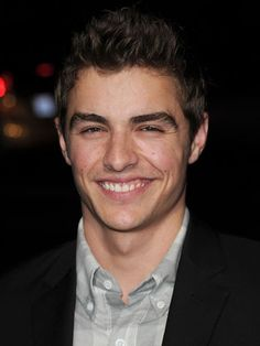 Dave Franco. I'm in love with this man's face.