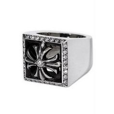 Chrome Hearts: This ring feels so amazing on!