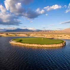The beautiful Las Vegas Paiute golf resort in Las Vegas is a must play golf course. Famous Golf Courses, Public Golf Courses, St Andrews Golf, Augusta Golf, Coeur D Alene Resort, Golf Course Reviews, Nevada Desert, Miniature Golf, Coeur D'alene