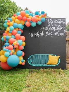 Sweet Summer Grad Party in Austin Texas Graduation party photo booth ideas – create an oversized balloon garland with a DIY chalkboard backdrop that features a hand-lettered quote. See more from this Grad Party on Mint Event Design www. Outdoor Graduation Parties, Graduation Party Planning, College Graduation Parties, Graduation Celebration, Graduation Party Decor, Graduation Photos, Grad Parties, Graduation Ideas, Vintage Graduation Party Ideas