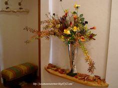 ロープタッセルを、お花と一緒に飾っていただいても素敵です。***「Chez Mimosa シェ ミモザ」     ~Tassel&Fringe&Soft furnishingのある暮らし~     フランスやイタリアのタッセル・フリンジ・ファブリック・小家具などのソフトファニッシングで、暮らしを彩りましょう       http://passamaneriavermeer.blog80.fc2.com/