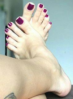 Nice Toes, Pretty Toes, Feet Soles, Women's Feet, Long Toenails, Red Toenails, Greek Feet, Cute Toe Nails, Foot Photo