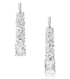 De Grisogono boucles d'oreilles haute joaillerie diamants http://www.vogue.fr/joaillerie/shopping/diaporama/diamants-eternels-boucles-d-oreilles-tapis-rouge-festival-de-cannes/18676/image/999114