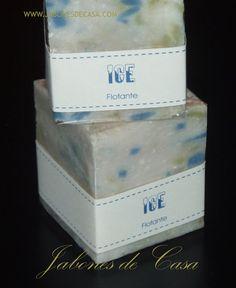 Ice - Un iceberg de jabón batido realizado íntegramente con aceite de coco
