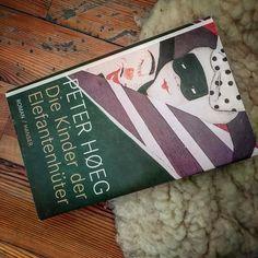 #wirsindtraumfaenger - und ich bin mir sicher viele von uns sind auch was Peter Hoegner in seinem wunderbaren Buch als Elefantenhüter beschreibt.  Eines (ganz weit oben) von meinen Lieblingsbüchern. . . . #autor #lesen #schreiben #bookstagram #wortesindmeinwesen #bücher #Roman
