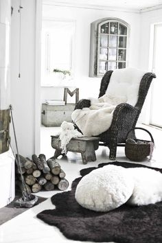 En mysig värld av fårskinn from Purple Area by purple area