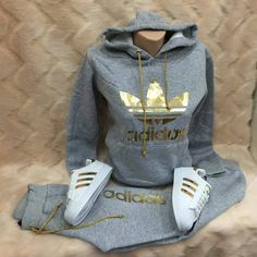 jacket adidas adidas outfit gold nike roshe run grey and gold adidas jacket Swag Outfits, Sport Outfits, Winter Outfits, Casual Outfits, Teen Fashion, Fashion Clothes, Fashion Outfits, Womens Fashion, Fashion Trends