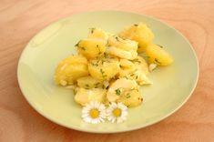 Weltbester Kartoffelsalat meiner BFF :-) Haltet die Kresse bereit... http://www.umgekocht.de/2016/05/nettis-lieblings-kartoffelsalat-umgekocht/