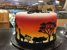 Jungle silhouette sunset cake Giraffe Cakes, Safari Cakes, Beautiful Cakes, Amazing Cakes, 30 Birthday Cake, Girl Birthday, Africa Cake, Airbrush Cake, Silhouette Cake