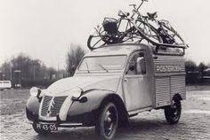 Citroën 2CV Fourgonnette. Handig fietsenrek!