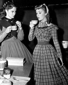 Janet Leigh and Elizabeth Taylor