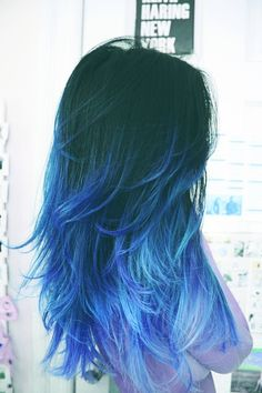 50 Super Cool Blue Ombre Hairstyles Dare to be different? Get a fresh start with blue ombre hair! Red Ombre Hair, Hair Color Purple, Cool Hair Color, Purple Ombre, Black Hair Blue Tips, Dark Purple, Black To Blue Ombre, Pastel Blue Hair, Color Black
