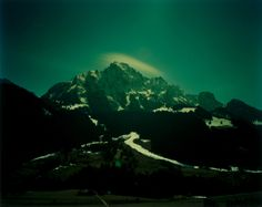 Dan Holdsworth - A Light In The Mountain