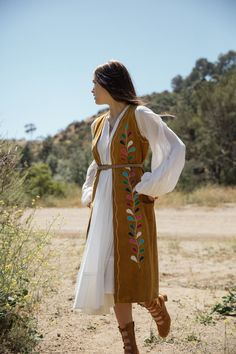 I'm trying to break your heart a story by Bryan Rodner Carr Featuring Geneva Natalia Styled by Kelley Ash Gypsy Style, Hippie Style, Bohemian Style, Boho Chic, Western Outfits, Boho Outfits, Cute Outfits, Hippie Bohemian, Boho Gypsy