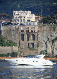 Views of the villa from the sea. It really is that amazing! Sorrento Italy, Terrazzo, Villa, Traveling, Sea, Mansions, House Styles, Amazing, Longing For You