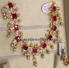 ruby-necklace-with-earrings.jpg (600×589)