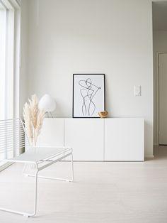 Minimalist Interior, Minimalist Decor, Floor Design, House Design, Decor Interior Design, Interior Decorating, White Space, Decoration, Sweet Home