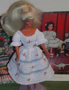 Crochet mode poupée Barbie Pattern  383 MISS par JudysDollPatterns
