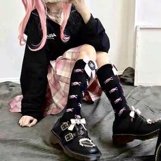 Pastel Goth Outfits, Pastel Goth Fashion, Edgy Outfits, Mode Outfits, Kawaii Fashion, Grunge Outfits, Pretty Outfits, Pastel Goth Style, Pastel Goth Clothes