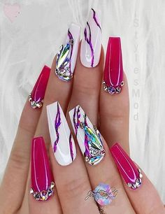 Every Stylish Girls and women wants to try out the Latest Manicure Ideas to enhance the Beauty of hand and finger. If you also want to going Rock in t Rose Nail Design, White Nail Designs, Acrylic Nail Designs, Nail Art Designs, Best Nail Designs, Summer Acrylic Nails, Best Acrylic Nails, Acrylic Nail Powder, Nail Summer