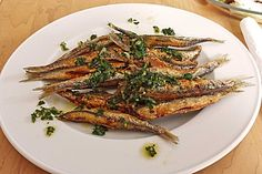 Sardines frites d'AlainDucasse Seafood Appetizers, Appetizer Dips, Appetizer Recipes, Fish Dishes, Tasty Dishes, Good Food, Yummy Food, Mezze, Everyday Food