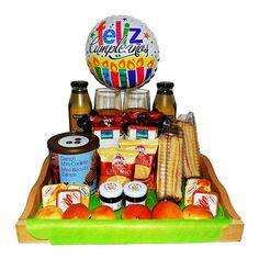 Desayuno felicidades en tu dia - Desayunos a Domicilio en Santiago Chocolates, Queso Fresco, Snack Recipes, Snacks, Bagel, Lunch Box, Food, Gift Ribbon, Lettuce