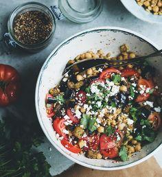 pinterest || sumslw chickpea za'atar salad