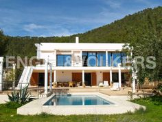 FOR SALE: Modern villa with stunning sea views #Ibiza
