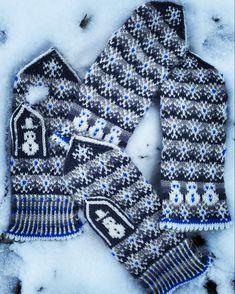 Frost a lovely mitten pattern Mittens Pattern, Fingerless Gloves, Arm Warmers, Hand Knitting, Ravelry, Frost, Fingerless Mitts, Fingerless Mittens