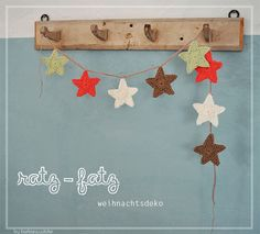 Jedes Jahr kommt Weihnachten galaktisch schnell...wie ich finde...und mit Weihnachtsdeko sieht es bei uns noch ganz schön mau aus. Nu...