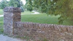 Dry stone / 169 Versailles ky Bryan Carroll