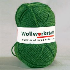 Strickwolle aus 100% Schafschurwolle, für Nadelstärke 3-4, Lauflänge ca. 170 m, 100 g Perfekt zum stricken von einem Pullover, Schal, Socken und Mütze.   Zur Herstellung unserer Strickwolle werden je zur Hälfte Österreichische und...