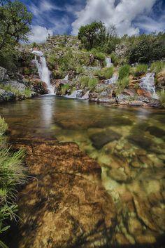 Rolinhos Waterfalls (Cachoeira do Rolinhos) | ©Fabio Rage  (Serra da Canastra Park, Minas Gerais, Brazil)