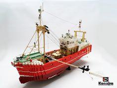 beamtrawler VLI-8 fishing by Konajra, via Flickr