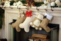 I like how one is regular stocking but has vhalkboatd dog bone hanging on it. Pet Stockings Burlap Christmas Stockings for Dogs by BurlapBabe Christmas Makes, Christmas Dog, Christmas Projects, Xmas, Christmas Holidays, Pet Stockings, Burlap Christmas Stockings, Burlap Stockings, Burlap Crafts