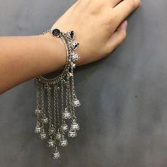 Bracelets for Women – Fine Sea Glass Jewelry Indian Jewelry Earrings, Jewelry Design Earrings, Silver Jewellery Indian, Hand Jewelry, Silver Jewelry, Silver Rings, Silver Bracelets, Indian Jewelry Sets, Bangles