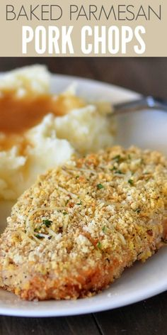 Baked Parmesan Pork Chops are tender and delicious with a crispy outside crust. These are a family favorite at dinner time! Baked Pork Cutlets, Baked Parmesan Pork Chops, Breaded Pork Chops, Oven Baked Pork Chops, Pork Cutlet Recipes, Pork Recipes, Easy Pork Chop Recipes, Shake And Bake Pork, Pork
