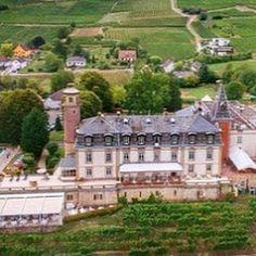 Senior Management, Team Building, Wine Tasting, Wine Recipes, Tuscany, Organize, Tours, Mansions, House Styles
