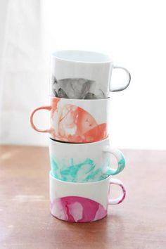 DIY Marbled Mugs.
