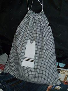 Pochon à linge noir et blanc pour sous-vêtements masculins : Autres sacs par…